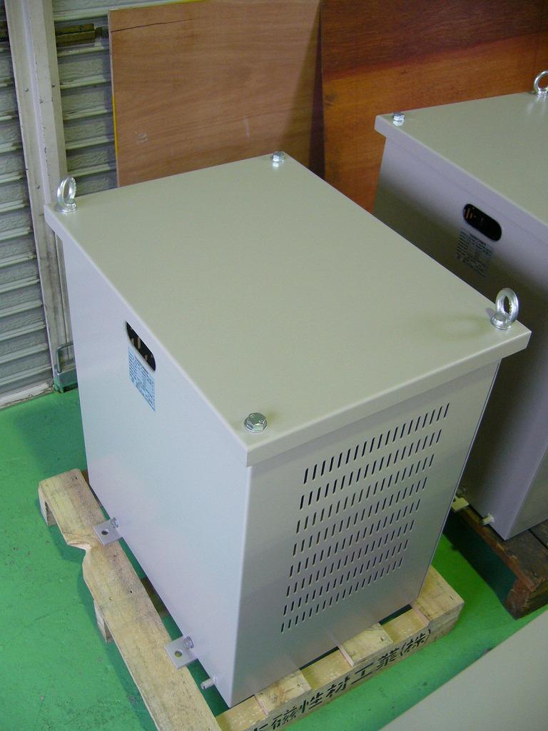 ココム規制にも対応する変圧器