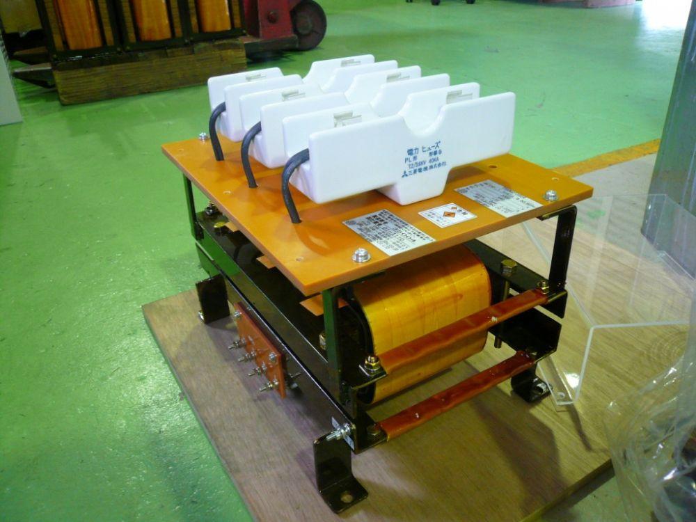 高圧トランス 降圧変圧器 ダウントランス