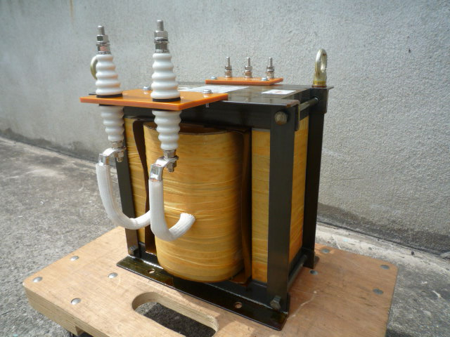 耐圧DC10kV連続 絶縁トランス