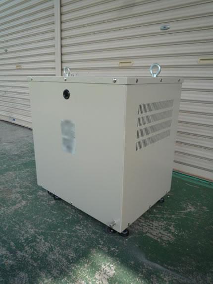 屋内用モールド変圧器