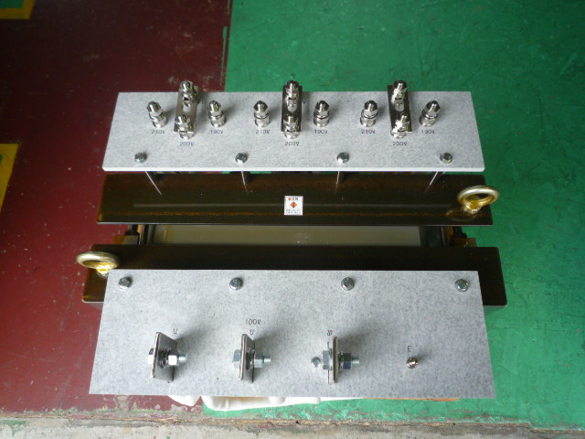 太陽光発電向けの最適絶縁変圧器