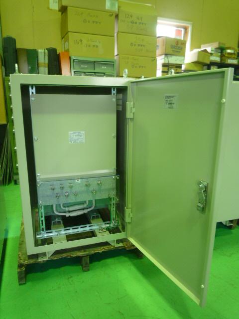 低圧-低圧の超高効率変圧器