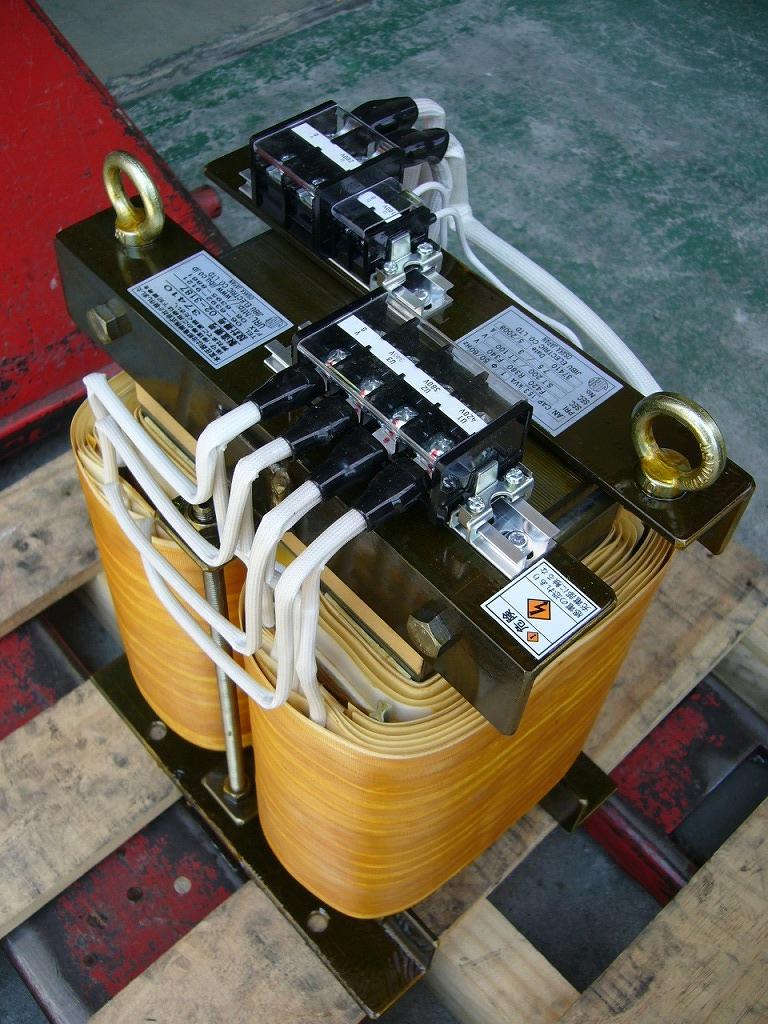 出力2回路 多巻線変圧器