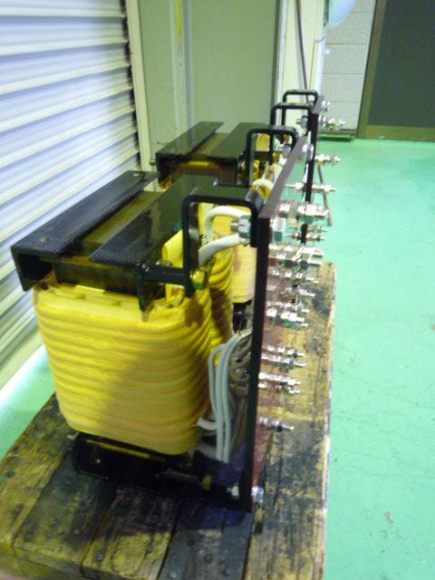 変圧器 修理 単相2台でスコット結線