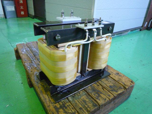 三相発電機200Vから単相100V電源にする変圧器