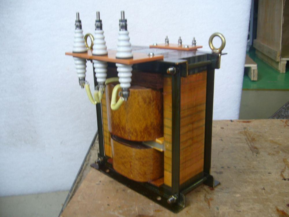 漏れ磁束変圧器
