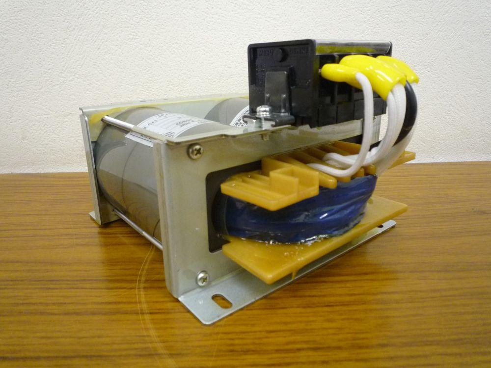 電圧調整用変圧器 オートトランス