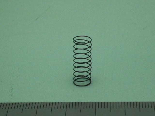 チタン製圧縮バネ