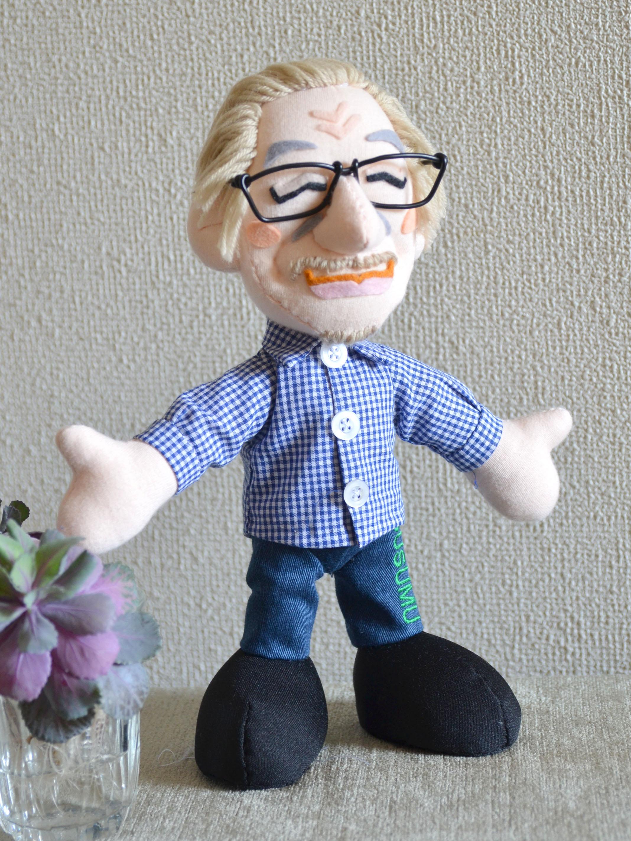 おもかげ人形。故人を偲ぶそっくり人形「笑顔の父」